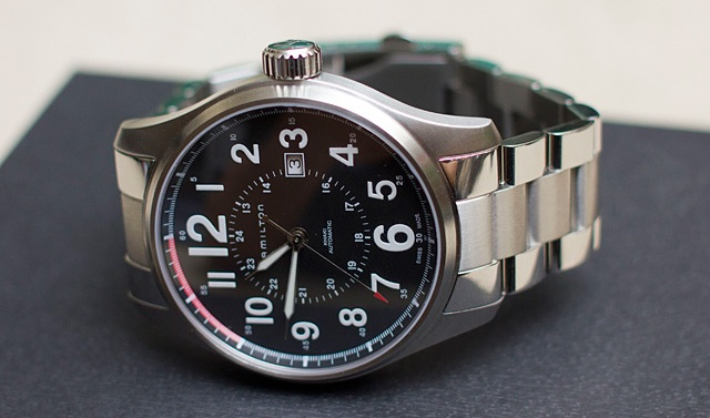 Different Types of wrist Watches - Field watch