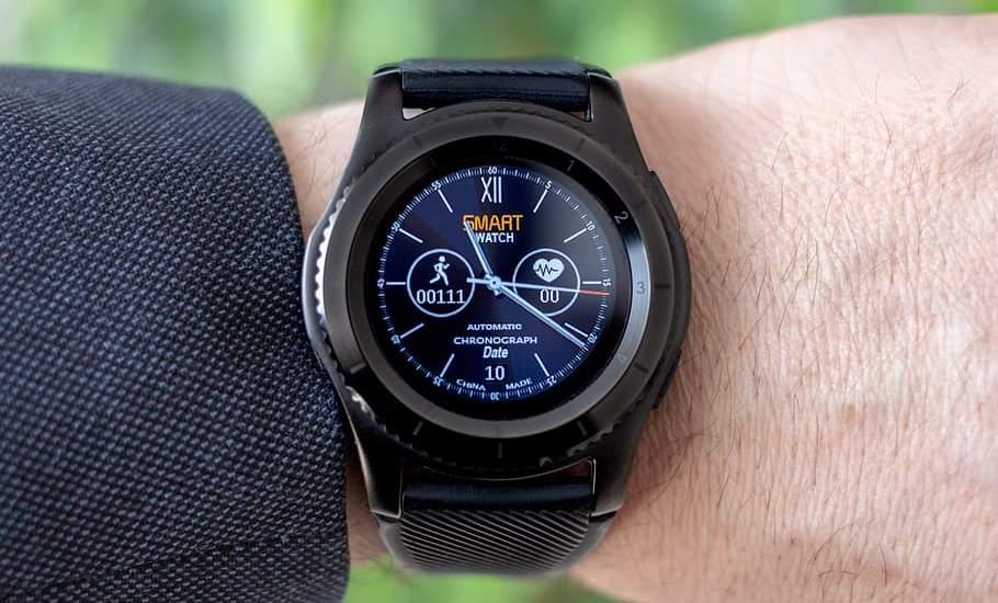 Different Types of wrist Watches - Hybrid watch (Analog-Digita)