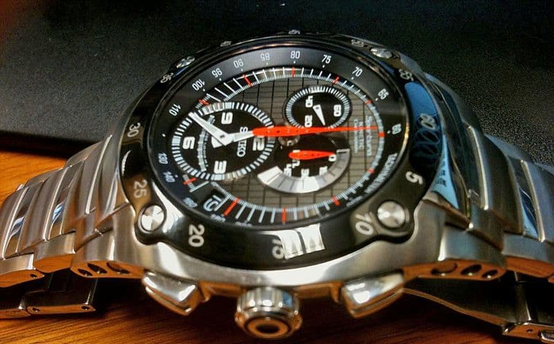 Different Types of wrist Watches - Kinetic watch